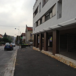 Location Local commercial Champs-sur-Marne 165 m²