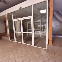 Location Local commercial Portet-sur-Garonne 770 m²