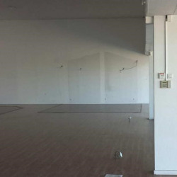 Location Local commercial Vedène 360 m²