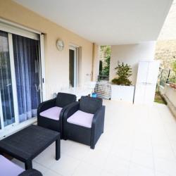 Appartement T2 avec terrasse jardin et garage