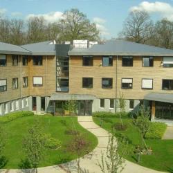 Location Bureau Saint-Cyr-l'École 5566 m²