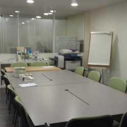 Vente Bureau Rueil-Malmaison 77 m²