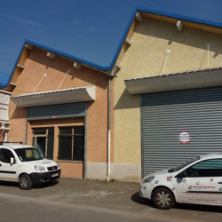 Location Local commercial Vizille 123 m²
