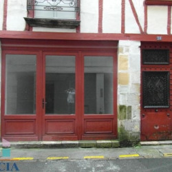 Location Local commercial Bayonne (64100)