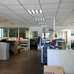 Location Entrepôt Bordeaux 984 m²
