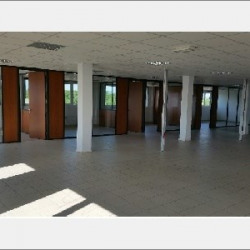 Location Bureau Villefontaine 495 m²