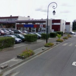 Location Local commercial Noisy-le-Roi 136 m²