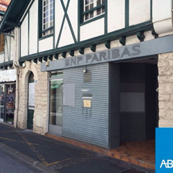 Location Local commercial Biarritz 120 m²