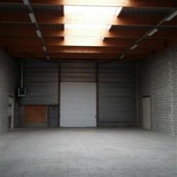 Location Entrepôt Coignières 1033 m²