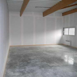 Location Local commercial Gazeran 92 m²