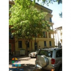 Location Local commercial Perpignan 59,47 m²