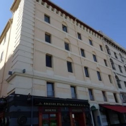 Location Bureau Marseille 1er 70 m²