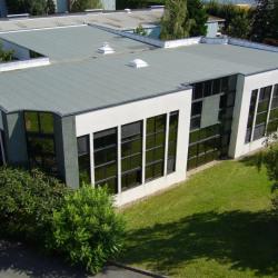 Location Entrepôt Beauchamp 1400 m²