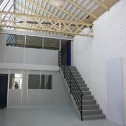 Location Local d'activités Vénissieux 125 m²