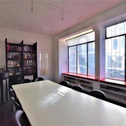 Vente Bureau Paris 20ème 76 m²