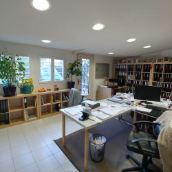 Location Bureau Paris 20ème 59 m²