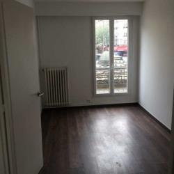 Location Bureau Paris 18ème 69 m²
