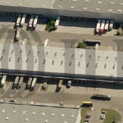 Location Entrepôt Mions 958 m²