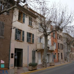 Location Local commercial Puget-Ville 45,26 m²