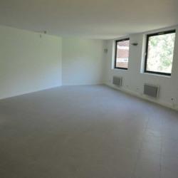 Location Bureau Lognes 190,4 m²