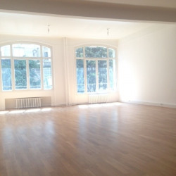 Location Bureau Paris 3ème 65 m²