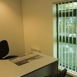 Location Bureau Brest 71 m²