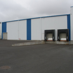 Location Local commercial Niort 2580 m²