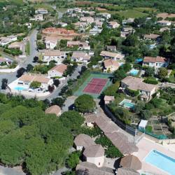 Maison  4 pièces + Terrain  313 m² Creissan