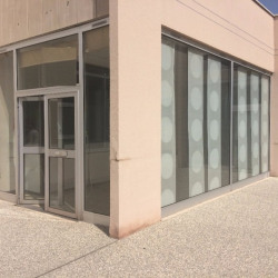Location Bureau Francheville 114,18 m²