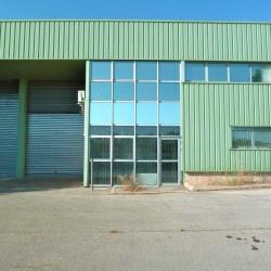 Location Local d'activités Éguilles 220 m²