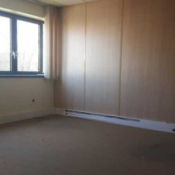 Location Bureau Montigny-le-Bretonneux 437 m²