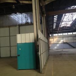 Location Local d'activités Le Houlme 855 m²