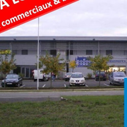 Location Local commercial Gimont 220 m²