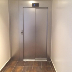 Vente Local commercial Paris 11ème 157 m²