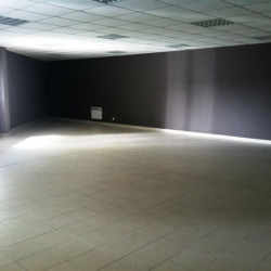 Location Local d'activités Vannes 720 m²