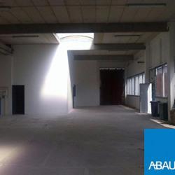 Location Entrepôt Blanquefort 350 m²
