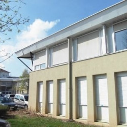 Location Bureau Eybens 71 m²