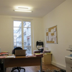 Location Bureau Paris 10ème 44 m²