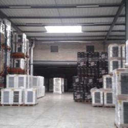 Location Entrepôt Lisses 6896 m²