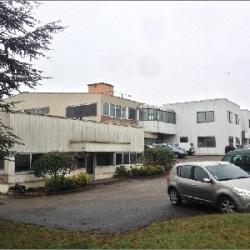 Vente Local commercial Pontcharra-sur-Turdine 3437 m²