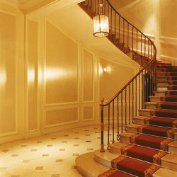 Vente Bureau Versailles 275 m²