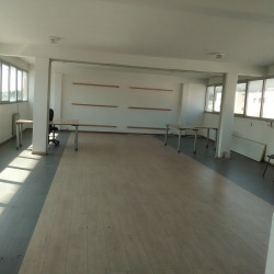 Location Bureau Saint-Laurent-du-Var 100 m²