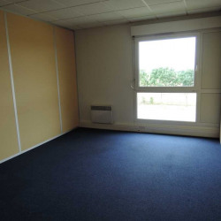 Location Bureau Magny-le-Hongre 178 m²