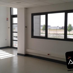 Location Bureau Gellainville 260 m²