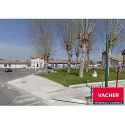 Location Local commercial Saint-Aubin-de-Médoc 89 m²