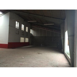 Location Local commercial Vernon 300 m²