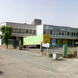 Location Entrepôt Morangis 5542 m²