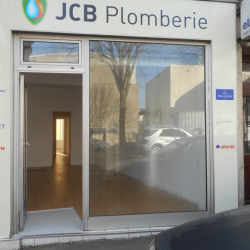 Location Local commercial Clamart 52 m²