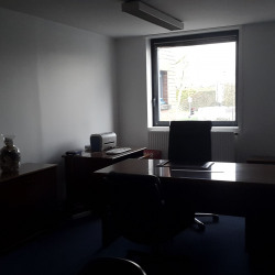 Location Bureau Évry 38 m²