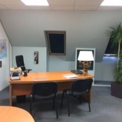 Location Bureau Le Mesnil-Esnard 63 m²